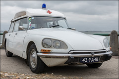 1974 Citroën ID20F Ambulance (Chris 1971) Tags: ambulance classic oldtimer rescue vlissingen 42ya01 1974 id id20 id20f