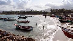 Beach life (Stig Nygaard) Tags: 2010 50d bolivarianrepublicofvenezuel canoneos50d caribbean caribe creativecommons islademargarita islamargarita margarita margaritaisland newsparta nuevaesparta photobystignygaard puertofermíneltirano repúblicabolivarianadevenez venezuela wideangle ïslamargarita southamerica coast coastal beach sea playa seaside boats boat 16x9 169 playing running beachlife run runners scenery idyllic idyl lowsun picturesque scenic sun sunny cuw26 ven bolivarianrepublicofvenezuela canonefs1022mmf3545usm repúblicabolivarianadevenezuela people water children bay eltirano