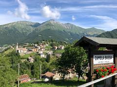 (Paolo Cozzarizza) Tags: italia lombardia bergamo oltreilcolle panorama cielo alberi prato chiesa cartello