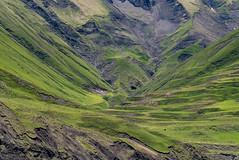 Environs de Xinaliq, Quba-Khachmaz, Azerbaïdjan (Pascale Jaquet & Olivier Noaillon) Tags: troupeau montagnes moutons paysage environsdexinaliq qubakhachmaz azerbaïdjan aze