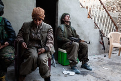 IMG_7560.jpg (Reportages ici et ailleurs) Tags: kurdistanirakien urbanwar kurdes sinjar pkk yezidis peshmerga battle city yekineyenberxwedanshengale ybs guerre shengal ezidis guerreurbaine yannrenoult fight bataille war isis hpg ypg yjastar etatislamique montagne guerilla kurd ville yekineyenparastinagel mountain