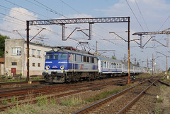 EP07-379 Inowroclaw Rabinek (Gridboy56) Tags: poland pkp pkpintercity coaches coach locomotive locomotives trains train railways railroad europe electric inowroclaw rabinek lublin szczecin ep07 ep07379 tlk28104