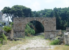 IMG_0437 (Nai.Sass) Tags: lebanon trave tyre sour anjar baalback ruins roman byzantine middle east temples summer vacation sea amateur