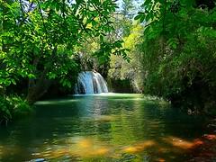 Pozo de los Chorros en Bijuesca (Zaragoza). Río Manubles (joseange) Tags: manubles pozodeloschorros bijuesca zaragoza aragón spain waterfall