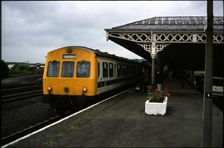 Class 101 DMU @ Malton, North Yorkshire, c.1979 [slide 7928]