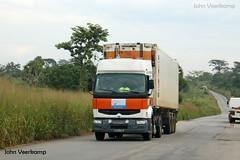 JV-2018-08-02-156 (johnveerkamp) Tags: trucks transport cote divoire ivory coast
