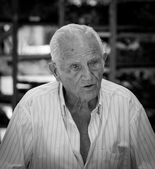 old farmer (Danyel B. Photography) Tags: old farmer man human people city street streetart travel vacation spain portrait bw sw schwarz weis black white sony 90mm macro