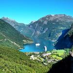 Geirangerfjord seem from Flydalsjuvet thumbnail