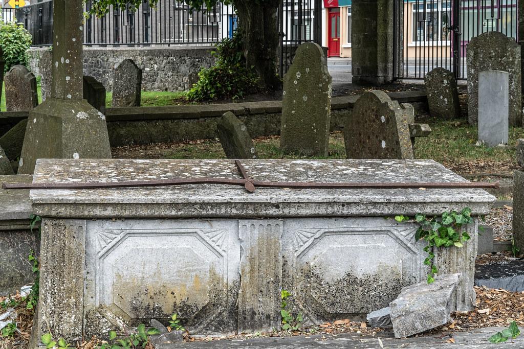 OLD CHURCHYARD KNOWN AS ST. JOHN'S [DUBLIN ROAD KILKENNY]-142916