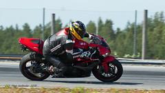 7D2_4233 (Holtsun napsut) Tags: holtsu holtsun napsut ajoharjoittelu motorg kemora moottoripyörä motor bike drive driver moto motorrad eos7dmk2 ef100400mk2 race track suomi finland ajo harjoittelu ride training motorcycle