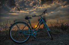 riderinthesun (Heinertowner) Tags: darmstadt oberfeld mathildenhöhe russische kapellle rusian chapel fahrrad bike sunset sonnenstrahlen nikon d3300 tamron 1750mm nik