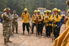 180805-Z-GJ033-0031 (Like us on Facebook at CAGuard) Tags: california national guard 40thinfantrydivision briggenmarkmalanka handcrews carrfire shastacounty soldiers wildfires
