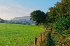 Chatburn and Pendle (scottprice16) Tags: england lancashire pendlehill pennines southpennines chatburn walk path field morning summer fence july 2018 outdoors mist cloud trees leisure sky landscape rural farming leica leicaxvario