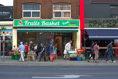 029 -1crpvibstr (citatus) Tags: fruit fruits market yonge street davisville avenue toronto canada summer evening 2018 pentax k3 ii basket