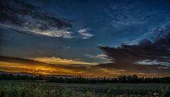 yellowslice (Heinertowner) Tags: darmstadt oberfeld sunset hessen germany deutschland alemagne sonne wolken himmel sky clouds sun solei nikon d3300 tameon 1750mm nik