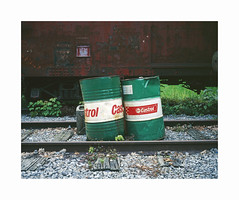 gare Hombourg (ha*voc) Tags: mamiya7ii 80mm rangefinder film 220 mediumformat 6x7 fujiprovia100 urban urbandecay station belgium hombourg industrialdecay silence empty