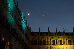 Moon + Venus (anagarcica96) Tags: light moon venus evening sky architecture summer salamanca festival luzyvanguardias