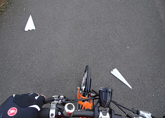 Paper planes (stevenbrandist) Tags: paperplanes cycling commute commuting moulton tsr27 tsr orange