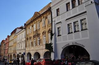 Les maisons de Malostranské náměstí, Mala Strana, Prague, République tchèque.