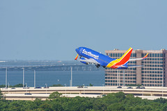 Southwest Boeing 737 (N404WN) (pdebree) Tags: tampa tampainternationalairport plane planespotting planespotter airline airliner jet airlines florida av avgeek aviation aviationphoto aviationphotography boeing 737 boeing737 b737 n404wn southwest southwestairlines sony a6000 sonya6000 sonyalpha sonyimages tpa ktpa takeoff