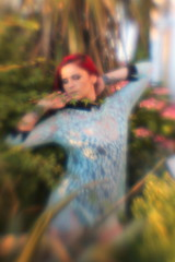 IMG_2277 (holgapix) Tags: lensbaby canon canon7d model modelphotography blur garden secretgarden