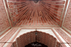 The entrance (marko.erman) Tags: architecture history religion india standstone red marble courtyard terrace perspective specular bâtiment extérieur outdoors mosquée building islam culte cult tour arche entrance newdelhi jamamasjid