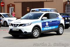 NISSAN QASHQAI Alovera (Martin J. Gallego. Siempre enredando) Tags: policia policialocal police emergency emergencyvehicles emergencia emergencias vehiculosdeemeregencia suv 4x4 nissan qashqai nissanquashqai alovera