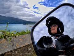 Soñando que regresan (rosslera) Tags: skye scotland highlands motocicleta viajes espejo mar luz cielo paisajes isla retrato
