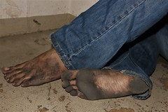 dirty city feet 590 (dirtyfeet6811) Tags: feet sole toes barefoot dirtyfeet dirtysole blacksole dirtytoes cityfeet