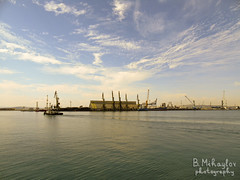DSC04624 (roshko25) Tags: black sea crane panorama view tug ship port sky skies пристанище черно море гледка кран влекач небе burgas bulgaria болгария българия бургас