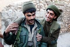 IMG_7248.jpg (Reportages ici et ailleurs) Tags: kurdistanirakien urbanwar kurdes sinjar pkk yezidis peshmerga battle city yekineyenberxwedanshengale ybs guerre shengal ezidis guerreurbaine yannrenoult fight bataille war isis hpg ypg yjastar etatislamique montagne guerilla kurd ville yekineyenparastinagel mountain