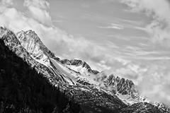 High in B&W (Carlos A. Aviles) Tags: mountain montañas cielo sky clouds nubes alaska skagway snow nieve nevado blackandwhite blancoynegro trip viaje vacations vacaciones landscape paisaje