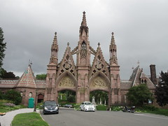 Green-Wood Cemetery Main Front Entrance 7211 (Brechtbug) Tags: greenwood cemetery main front entrance 2018 nyc brooklyn new york city near 25th street r train subway stop 08122018 gates gateway gate used house parrots that escaped from crates docks nearby