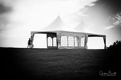 En attendant les invités/Waiting for the party (Elf-8) Tags: hill tent sky blackandwhite figure enigmatic