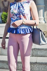 crop_top_with_ruffle-19 (Stacyco) Tags: sewing sewingproject flower fashion fabric fashionstreet fashionblogger summer flowers floral print pink moscow russia style streetstyle croptop trend outfit outdoor burda burdastyle blogger beautiful blog