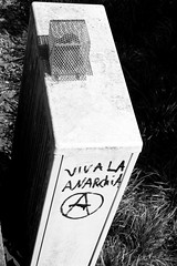 Viva la Anarchia (Von Noorden) Tags: noiretblanc einfarbig wand black white blackandwhite bw sw schwarzweiss topv germany schwarz weiss weis schwarzweis shade monochrome plain lübeck holstentor holstengate city tourism signs gothic altstadt hanseatic baltic street streets deutschland unesco schatten shadows town urban oldtown schleswigholstein luebeck landstrase stronghold holstenstrase stromkasten electricity box power art streetphotography streetart streetphoto grafiti grafitto anarchy punk punks