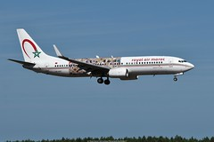 """Royal Air Maroc Boeing 737-800 CN-RGF """"Wings of African Art livery"""" (Planes Spotter And Aviation Photography By DoubleD) Tags: special paint colors scheme livery wings african art royal air maroc airlines boeing 737 737800 winglets cfm landing sky blue profile spotters spotting locations bordeaux merignac lfbd canon eos"""