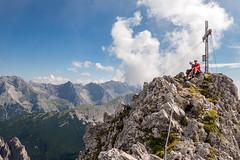 Gipfelrast (Bergfex_Tirol) Tags: austria autriche österreich oesterreich innsbruck tirol tyrol nordkette karwendel berg mountain gipfel summit kaminspitze klettersteig viaferrata fixedroperoute bergfex alpen alps gebirge mountains sport mountaineering klettern climbing abenteuer adventure
