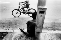 road 711 (soyokazeojisan) Tags: japan osaka bw road street people blackandwhite city monochrome analog olympus m1 om1 28mm film trix kodak memories 昭和 1970s 1975