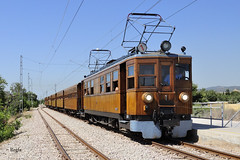 Son Reus (REGFA251013) Tags: ferrocarril soller palma tren train via estrcha siemens comboio