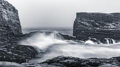 Davenport Waves (lycheng99) Tags: davenport beach rocks rockformation waves longexposure water ocean pacificcoast pacificocean shore monochrome blackandwhite horizon landscape nature coast california californiacoast cloudy
