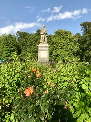 Statue of Isaac Watts in Watts Park (West Park), Southampton (John D McDonald) Tags: england britain greatbritain wessex geotagged iphone iphone7plus appleiphone appleiphone7plus westpark wattspark westmarlands watts isaacwatts statue centralparks southamptoncentralparks
