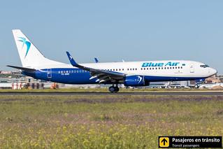 Boeing B737 Blue Air YR-BME