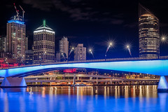 City of Light (Rafael Zenon Wagner) Tags: nacht langzeitbelichtung stadt brücke fluss spiegelung lichter nikon d810 night time exposure town bridge river reflection lights bcl big city blau blue 50mm brisbane australia australien farben colors