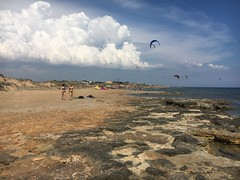 Kartibubbo- Sicile (melqart80) Tags: iphone6s cloud sky tropici tropical paradisebeach beach mediterranean mediterraneo italy sicilia sizilien sicile kartibubbo kitesurf