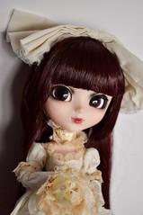 Rosalind (kimberly °(ᵔᴥᵔ)°) Tags: pullip pullips doll dolls creators label designer bloody red hood full stock hair wig riding fairytale fantasy