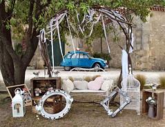 Wedding (Jolivillage) Tags: jolivillage village domaine capestang hérault languedoc languedocroussillon occitanie france francia europe europa wedding mariage matrimonio voiture macchina car deuxchevaux 2cv citroën bleu blue azurro blu