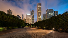 Skyline Park Early Morning View (20180810-DSC06751) (Michael.Lee.Pics.NYC) Tags: chicago millenniumpark dawn bluehour morning night path architecture cityscape skyline clouds fog weather longexposure sony a7rm2 voigtlanderheliar15mmf45