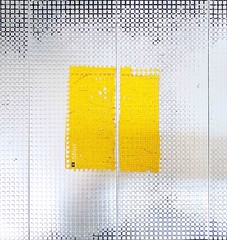 Abstract (109) Nanosquares WEB (Kal BT) Tags: abstract abstracto concept conceptual geometry geometría pattern patrón square cuadrado steel acero metal minimal minimalism minimalismo floor suelo surface superficie texture textures textura texturas relief relieve white blanco yellow amarillo light luz
