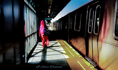 (Through the DUMAN`S lens) Tags: people color stations subways metro walk train
